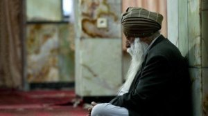 An Afghan Sikh, whose forefathers migrated to Afghanistan from the Indian Sub-continent, prays at a Sikh Gurdwara in Kabul on May 12, 2011. Indian Prime Minister Manmohan Singh flew into Afghanistan May 12 for a two-day visit set to include talks on the regional impact of Osama bin Laden's death and future aid projects.  AFP PHOTO/ MANAN VATSYAYANA (Photo credit should read MANAN VATSYAYANA/AFP/Getty Images)